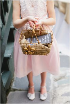 A wire #flowergirl basket is a fun and unique concept for a #rustic, #bohemian wedding