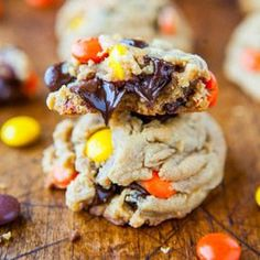 Reese's pieces cookies. Get in my tummy!!