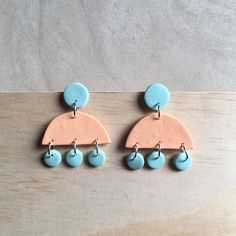 New designs in the making! I'm in love with this peach and light blue pair😍