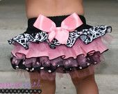 Damask Light Pink Dot w/FLUFF option Ruffled Bottom Bloomer/Diaper Cover IF its a girl! Baby Kind, My Baby Girl, Baby Love, Baby Girls, Girly Girl, Baby Baby, Outfits Niños, Kids Outfits, Cute Kids