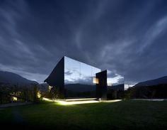 Peter Pichler Architecture の ミニマルな 家