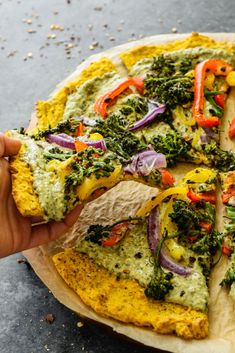 Plant-based pizza made with a butternut squash crust topped with hummus and roasted veggies. Perfect for a healthy pizza night to share! Pesto Hummus, Kale Pesto, Pesto Pizza, Squash Pizza, Vegan Parmesan, Healthy Pizza, Hummus Recipe, Almond Recipes, Recipes
