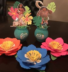#moana #maui #centerpieces #paperflowers #hibiscus #birthdayparty #partydecor