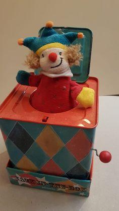 Le jouet intemporel! Jack In The Box, Cake, Desserts, Food, Toys, Tailgate Desserts, Deserts, Kuchen, Essen