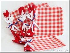 Anytime/Memorial Day/4th of July Picnic ~ punch a hole on the side of the plate and tie napkin & utensils {separates paper plates} ~ pictures on how-to are a click away ~ Outdoor Tablesetting Ideas using Paper Plates