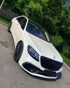 Mercedes Benz Cars, Audi Cars, Cute Baby Pigs, Luxury Couple, New Ferrari, Benz S Class, Best Luxury Cars, Hot Cars, Cars And Motorcycles