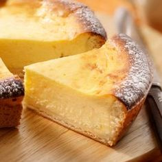 Cheesecake made with Brabant farmhouse cheese No Cook Desserts, Cookie Desserts, Delicious Desserts, Dessert Recipes, Yummy Food, Dutch Recipes, Sweet Recipes, Alice Delice, Belgian Food