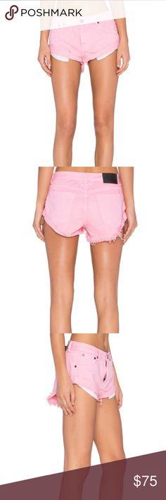 Pink shorts NWT💕 One teaspoon x Bandits pink shorts. Brand new with tags!                                                           •n o  t r a d e s• •s m o k e  f r e e / p e t  f r e e  h o m e•   •s a m e / n e x t  d a y  s h i p p i n g• One Teaspoon Shorts Jean Shorts