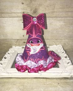 Cake Smash outfit for birthday pictures! 1st Birthday Hats, Minnie Mouse Birthday Outfit, Minion Birthday, Puppy Birthday, Boy Birthday Parties, Birthday Shirts, Baby Cake Smash, Cake Smash Outfit, Construction Birthday Shirt