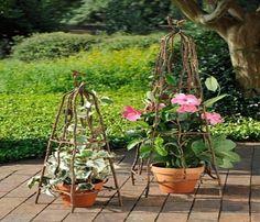 Rustic Garden Decor And Trellises
