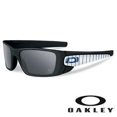 d2854d6216e New York Yankees MLB® Fuel Cell Sunglasses by Oakley Baseball Gear