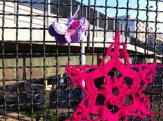 'Guerrilla Knitting' Bari, Corso Cavour Bridge