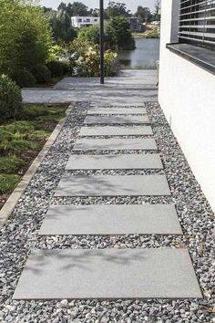 70 Magical Side Yard And Backyard Gravel Garden Design Ideas - Googodecor Cool . - 70 Magical Side Yard And Backyard Gravel Garden Design Ideas – Googodecor Cool 70 Magical Side Y - Front Garden Entrance, Front Yard Walkway, Sidewalk Landscaping, Front Yard Landscaping, Landscaping Ideas, Walkway Ideas, Backyard Ideas, Garden Ideas, Backyard Pavers