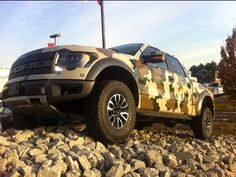 Love this army camo Ford Raptor