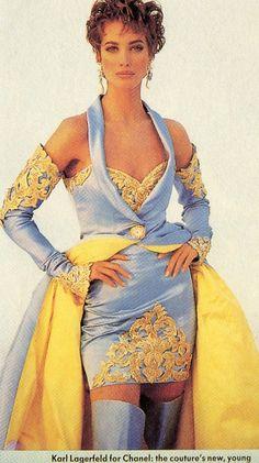 Christy Turlington: CHANEL. 1990'