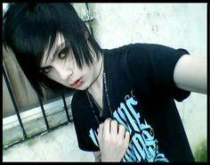 I think I'm a vampire.. an awesome vampire! Haha xD Mechlin Rómeó #emo #emoboy #boy #emos #emohair #hair #piercing #vampire #whiteskin #wecameasromans #lovely #handsome