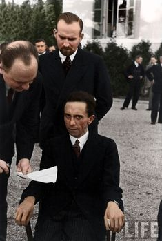 Joseph Goebbels allegedly frowning at photographer Alfred Eisenstaedt after finding out he's Jewish, 1933. Let us never forget.