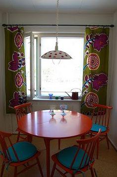Kitchen curtains made out of Marimekko fabric, Finnish home. #Finland #Marimekko