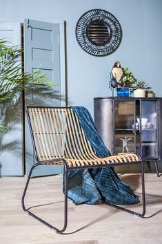 By-Boo meubelen kopen? ✓ By-Boo Meubels & Woonaccessoires. ✓ Shop nu via Homeblend. Outdoor Chairs, Outdoor Furniture, Outdoor Decor, Interior Styling, Throw Pillows, Relax, Bed, Home Decor, Design
