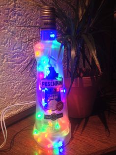 Puschkin Flaschen-Lampe - 35 bunte LED´s von Taunus-Bottles auf DaWanda.com