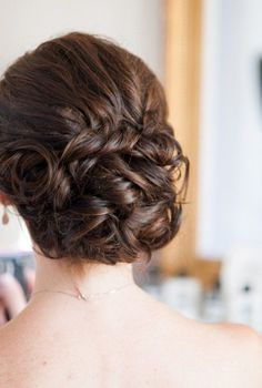 Glamorous Wedding Updos for Brides – Best Wedding Hairstyles. If you're looking for a timeless wedding hair style then nothing less than a classic updo Romantic Wedding Hair, Glamorous Wedding, Wedding Hair And Makeup, Wedding Updo, Timeless Wedding, Wedding Pins, Best Wedding Hairstyles, Homecoming Hairstyles, Up Hairstyles