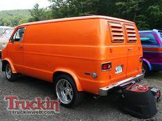 2009 Van Nationals Show Orange Dodge Van Rear Photo 56