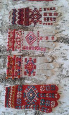 Mittens Pattern, Knit Mittens, Knitting Socks, Hand Knitting, Knitting Patterns, Wool Gloves, Knitted Gloves, Motif Fair Isle, Wrist Warmers