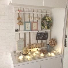 すのこDIY ディスプレイラック Diy Interior, Interior Design, Fashion Room, Diy Woodworking, Home Collections, Ladder Decor, Diy Furniture, Diy And Crafts, Sweet Home