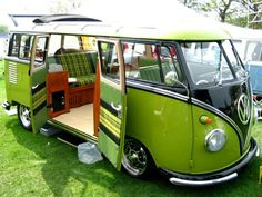 I love green... VW Classic bus.♠... XBrosApparel Vintage Motor T-shirts, VW Beetle & Bus T-shirts, Great price