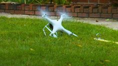 Can a drone rake leaves? Read more Technology News Here --> http://digitaltechnologynews.com  We wanted to see if a DJI Phantom could help with the yard work. Spoiler: It doesn't work very well.  Read more...  More about Mashable Video Yard Work Lol Funny and Phantom Source/Original Post -> http://mashable.com/2016/11/11/can-a-drone-rake-leaves/ #tech #news #trending #leak FOLLOW ON FACEBOOK! https://www.facebook.com/TechNewsTrends/
