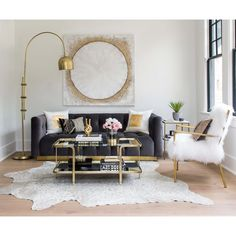 Looking for modern living room ideas with furniture and decor? Explore our beautiful living room ideas for interior design inspiration. Glam Living Room, Gold Living Room, Black And Gold Living Room, Luxury Furniture, Chic Living Room, Apartment Decor, Apartment Living Room, Gold Living Room Decor, Living Room Grey