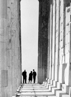 The Parthenon, 1970 Photo by Zacharias Stellas Benaki Museum Photographic Archives -Maite Jimènez Parthenon Athens, Acropolis, Benaki Museum, History Of Photography, Bw Photography, Museum Shop, Photo B, Great Photographers, Monochrom