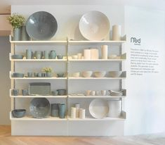 Retail Store Storage Furniture Design of Mud Australia Showroom, New York. Retail Interior Design, Retail Store Design, Commercial Interior Design, Commercial Interiors, Retail Stores, Design Shop, Shop Shelving, Shop Fittings, Kids Room Design