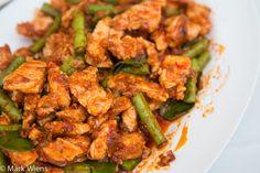 Gai Pad Prik Gaeng Recipe (วิธีทำ ไก่ผัดพริกแกง)