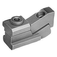 Crampon plaqueur : garantissent un bridage sûr pour des pièces à usiner de faible hauteur // T-slot clamps : especially useful for clamping low profile workpieces // REF 04470