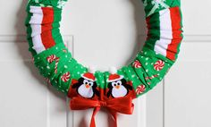 Crafts n' things Weekly - dollar store Christmas sock wreath