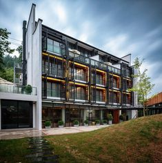 Image 1 of 37 from gallery of SIXX Hotel / MODULO architects. Photograph by Haibo Wang Grey Exterior, Exterior Siding, Exterior Design, Zhangjiajie, Hotel Architecture, Residential Architecture, Chinese Architecture, Architecture Design, Exterior Signage