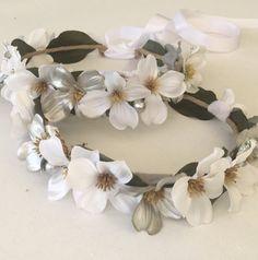 Corona de flores niña de las flores blancas corona por FlowerHungry