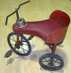 Indian restored tricycle - Triciclo indio restaurado.                                                                                                                                                      Más