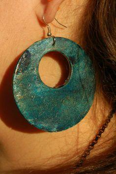 orecchini tondi perfetti da abbinare con le nostre collane a medaglione......