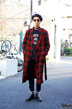~ this coat ~ looks vintage but it's new ~ Punk Cake Tartan Coat ~ Asian Street Style, Tokyo Street Style, Japanese Street Fashion, Tokyo Fashion, Harajuku Fashion, Punk Fashion, Trendy Fashion, Style Fashion, Japan Street Styles