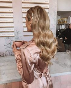 Bride Hairstyles, Down Hairstyles, Homecoming Hairstyles, Hairstyles 2018, Glamorous Hairstyles, Old Hollywood Hairstyles, Formal Hairstyles For Long Hair, Ball Hairstyles, Evening Hairstyles