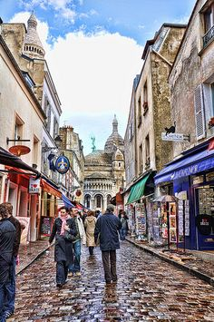 Location: Montmartre, Paris Camera: Nikon D90