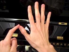 Free Piano Lessons for Kids - Lesson 7 - Five Woodpeckers