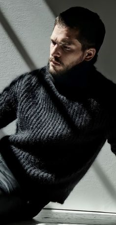 Kit Harington, Hottest Male Celebrities, Celebs, Lord Eddard Stark, King In The North, Just Don, Mens Fashion, Fashion Tips, Jon Snow