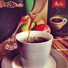 Café com leite, pingado, puro… qual o jeito de tomar o seu #café #Melitta?