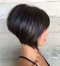 70 cute and easy-to-style short layered hairstyles haircuts Short Dark Hair, Short Hair With Bangs, Short Hair With Layers, Short Hair Cuts, Thick Hair, Short Wavy, Short Blonde, Bob Hairstyles For Thick, Short Layered Haircuts