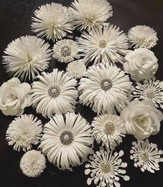 "143 Likes, 7 Comments - Flower Shower (@itstheflowershower) on Instagram: ""#paperflowers #handmade #floresdepapel #hechoamano #decor #paperflowerbouquet #paperart #paper #diy…"""