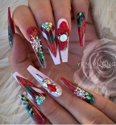 Make an original manicure for Valentine's Day - My Nails Xmas Nails, Holiday Nails, Holiday Nail Designs, Nail Art Designs, Perfect Nails, Gorgeous Nails, Cute Acrylic Nails, Cute Nails, Bright Red Nails
