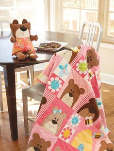 HappyQuilts Bear2 10 Happy Quilts for Kids